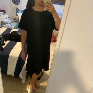 black dress. nice bottom flare. XXL